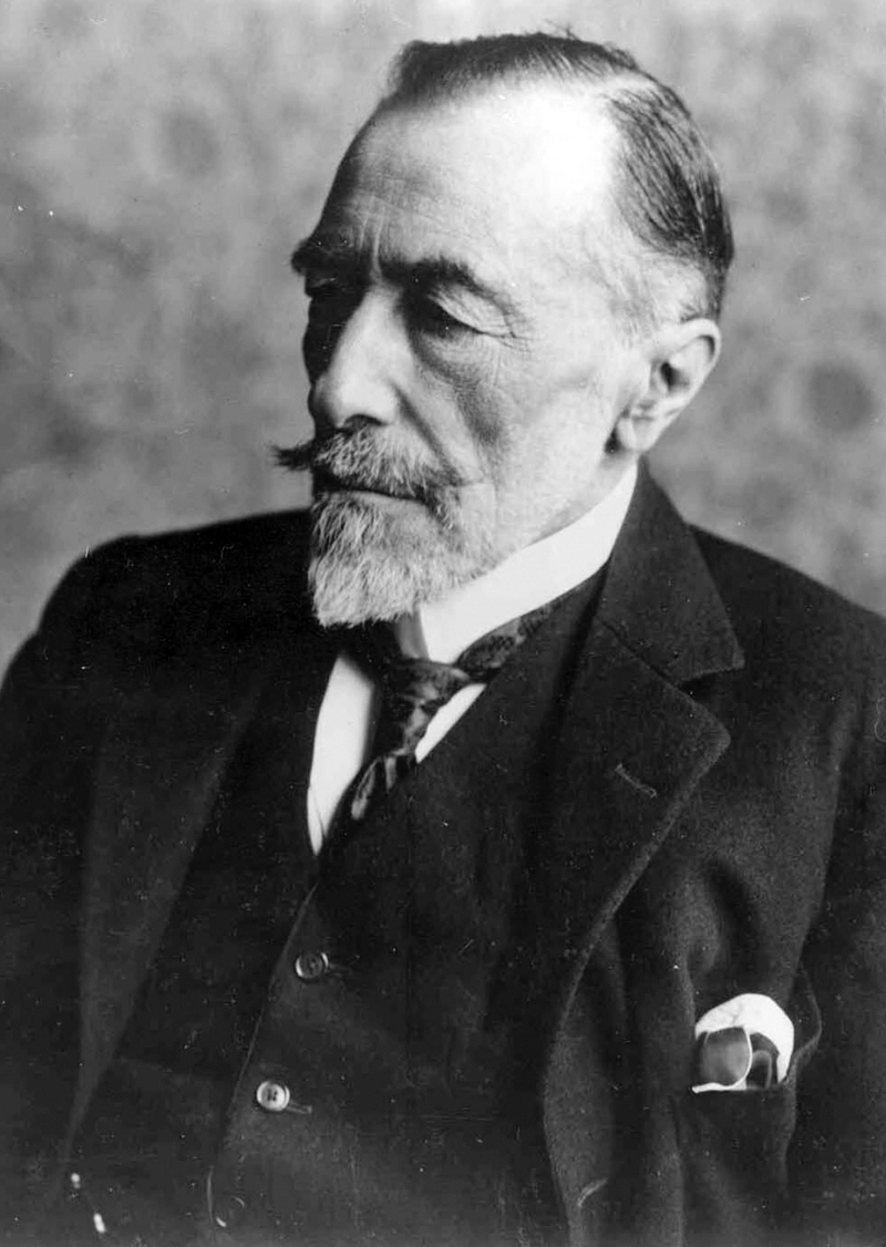 joseph conrad was not a racist From a modern context, conrad's representation of africans in heart of darkness are often read as racist this essay is an assessment of such representations in heart of darkness joseph.